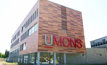 Le ministre de l'enseignement supérieur inaugure le nouveau bâtiment de Vinci