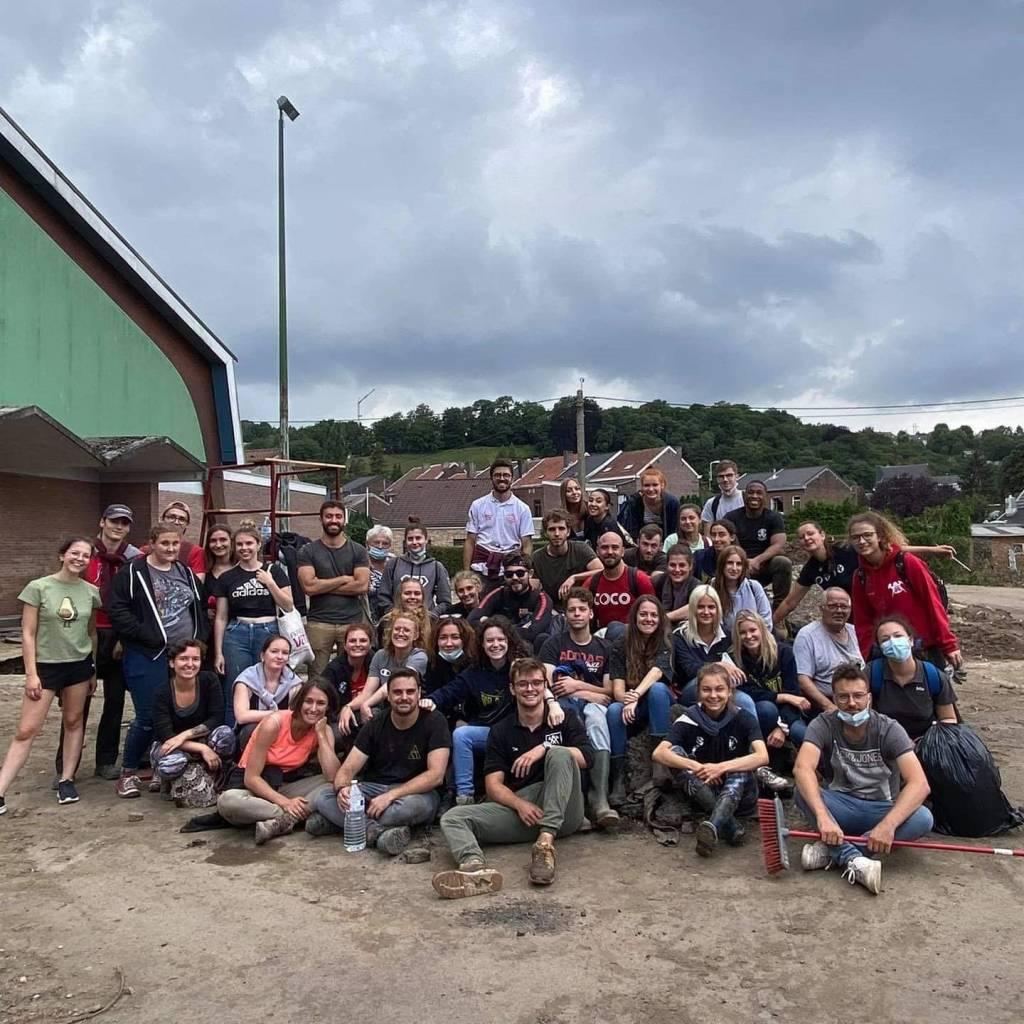 Nos étudiants solidaires avec les sinistrés inondés