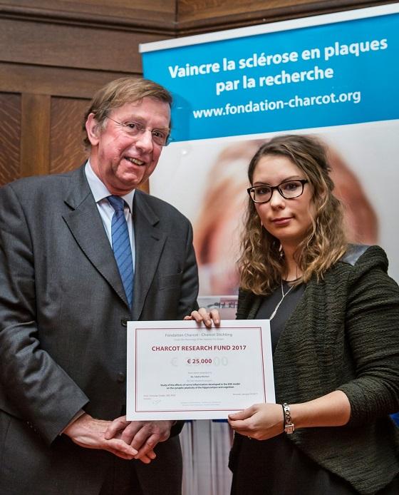 La Fondation Charcot (lutte contre la sclérose en plaque) alloue 25.000 euros à une jeune chercheuse de la FMP