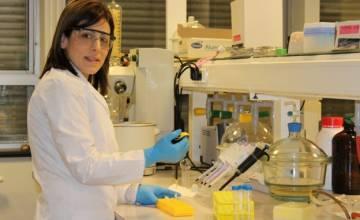 Rania Aro, désormais Docteur après un parcours de vie inhabituel entre Damas et Mons