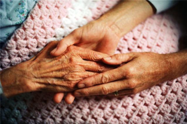 55.000 euros pour financer la recherche à l'UMONS contre Alzheimer