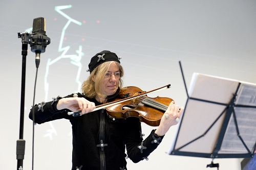 Une collaboration unique entre art et technologies créatives à l'UMONS