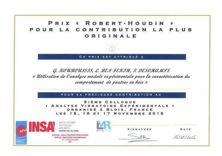 Un prix à un colloque d'analyse vibratoire expérimentale à Blois