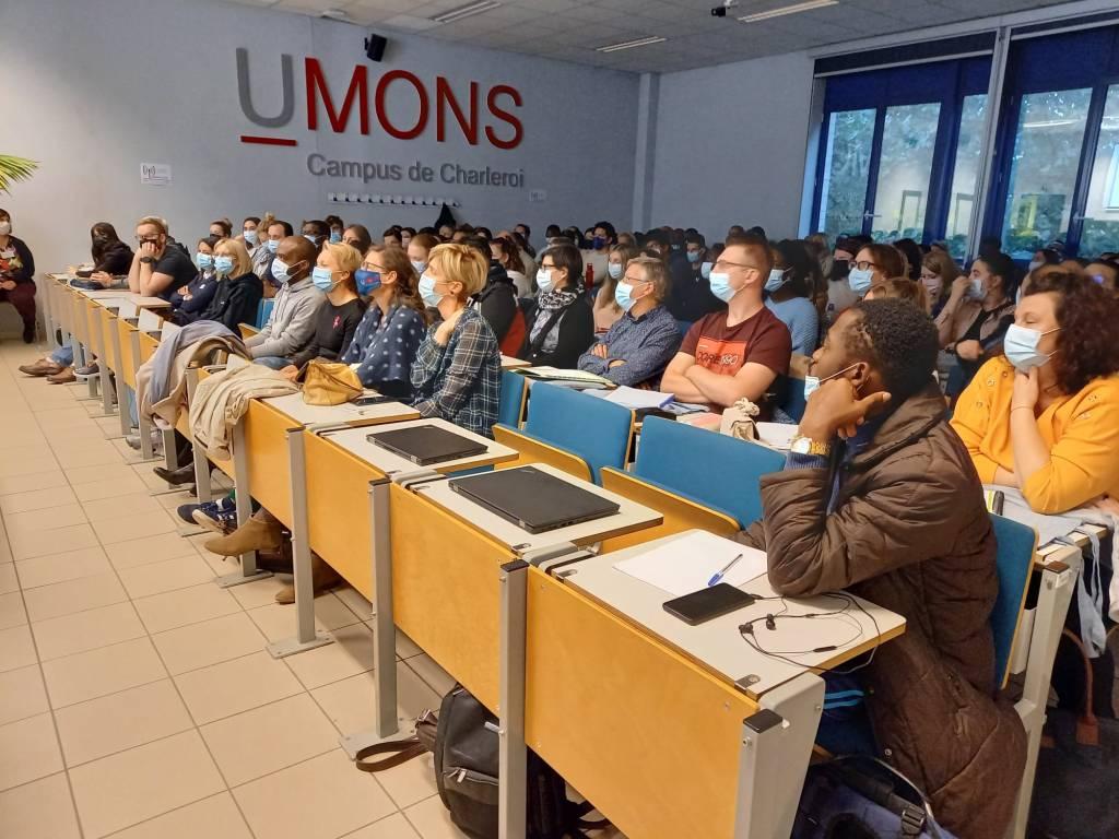 La soirée d'accueil pour adultes en reprise d'études à Charleroi: un succès de rentrée !
